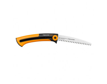 Vallfirest Builders saw Xtract SW73 Fiskars